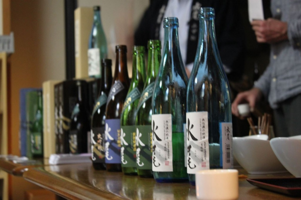 Sake tasting night always popular in Myoko