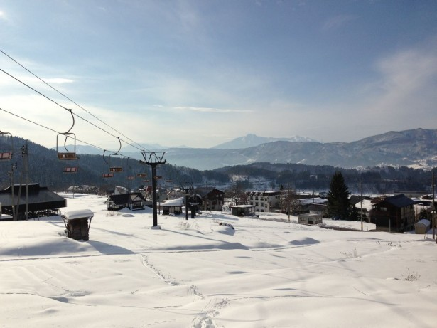 Nice views and some sunshine in Nozawa
