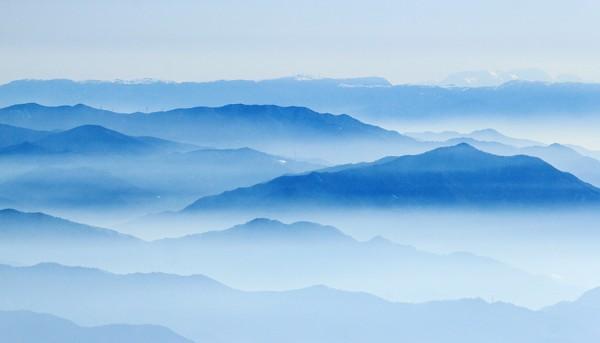 Misty ridges and valleys as seen from Nozawa Onsen summit