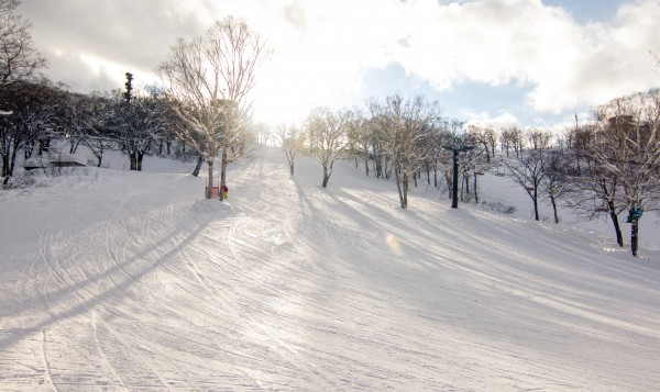 Nozawa Onsen Snow Report 1 April 2016: Beautiful spring weather